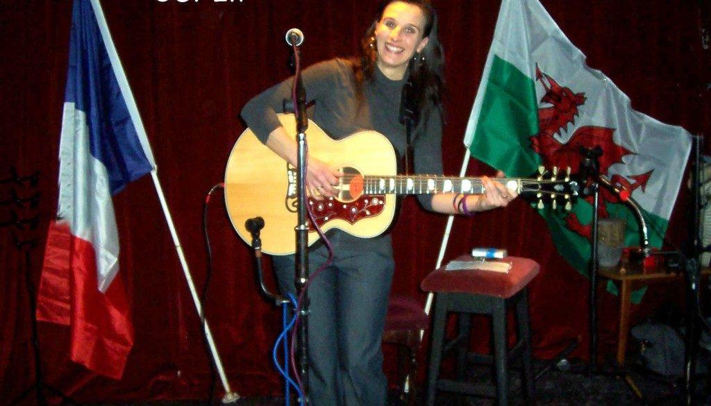 Flossie Malavialle at Rhyl Folk & Acoustic Club.